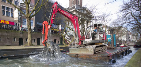 baggeren in de gracht